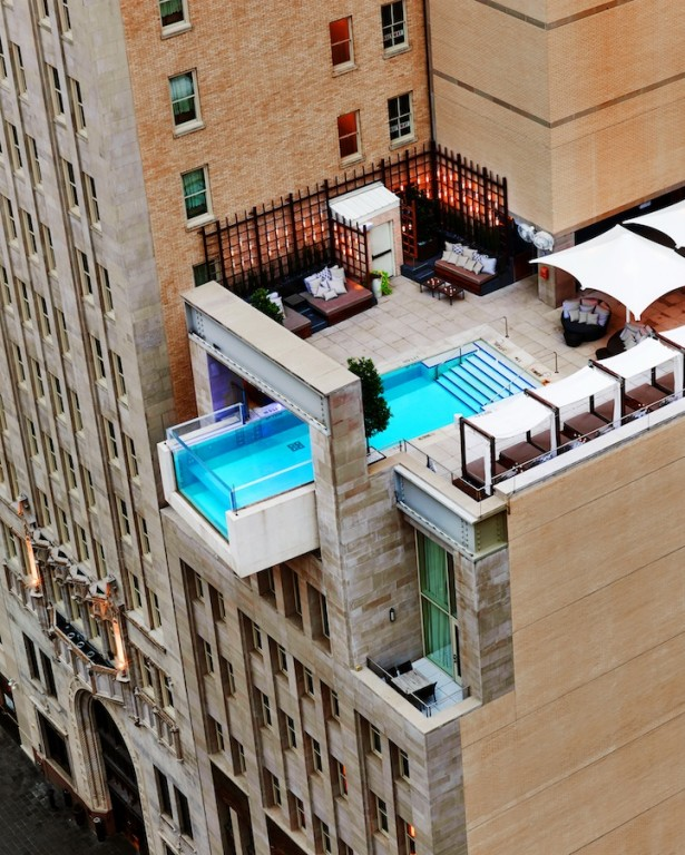 piscina-do-hotel-the-joule-1